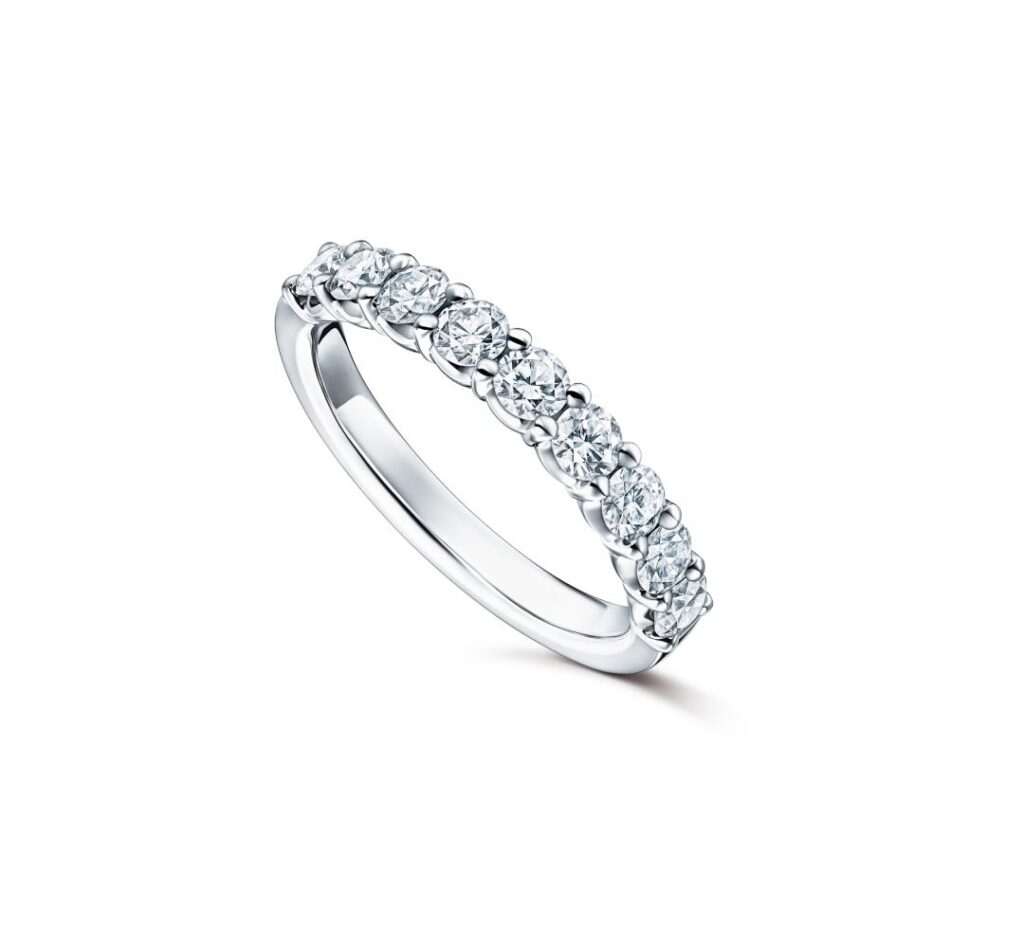 BRILLANTE Half Eternity 28 Ring